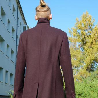Klasikinis vyriškas paltas. M dydis.