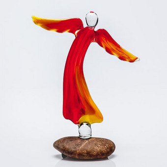 "Raudono ir geltono stiklo ""Ugnies angelas"" Dydis 15x10cm Dydis 10x8cm"