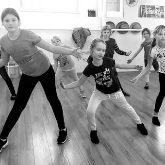 """""""Dance Family"""" - šokių pamokos suaugusiems ir vaikams / Ieva Vaitkevičienė / Darbų pavyzdys ID 515233"""