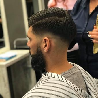 Vyriški kirpimai,barzdų modeliavimas,skutimas. / Loreta / Darbų pavyzdys ID 519817