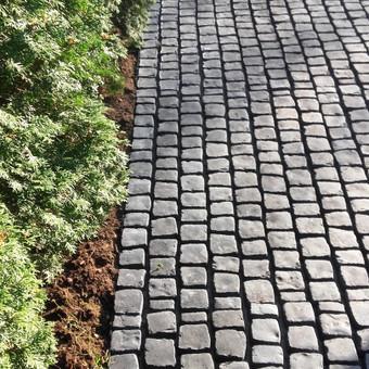 Akmeninis kilimas.Granito trinkelės