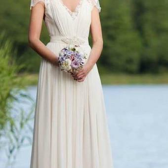 Vestuvinių suknelių, proginių, klasikinių rūbų siuvimas / Aprangos psichologija / Darbų pavyzdys ID 545169