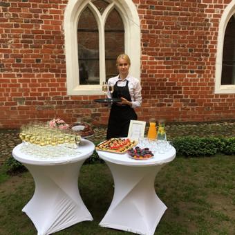 Šventė Stilingai - vaišių/šampano staliukas + aptarnavimas / Gabrielė Venckūnaitė / Darbų pavyzdys ID 558547