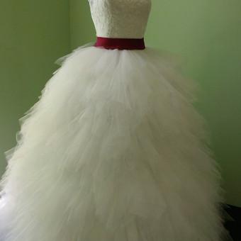 Vestuvinių suknelių siuvimas bei kitų dr / Valentina / Darbų pavyzdys ID 78001