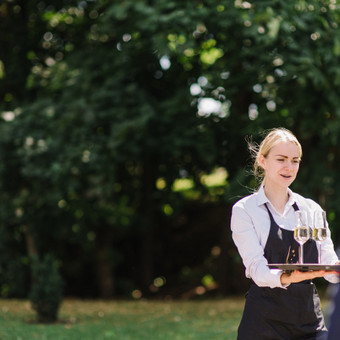 Šventė Stilingai - vaišių/šampano staliukas + aptarnavimas / Gabrielė Venckūnaitė / Darbų pavyzdys ID 567929
