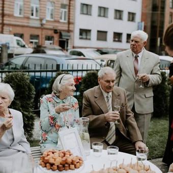 Šventė Stilingai - vaišių/šampano staliukas + aptarnavimas / Gabrielė Venckūnaitė / Darbų pavyzdys ID 567935