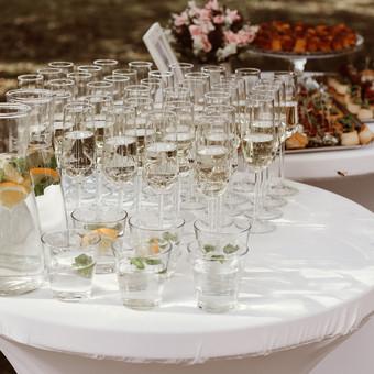 Šventė Stilingai - vaišių/šampano staliukas + aptarnavimas / Gabrielė Venckūnaitė / Darbų pavyzdys ID 567943