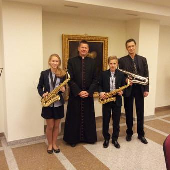 Saksofono,klarneto Vyr.mokytojas.Jau 28 metai,kaip mokau groti šiais instrumentais vaikus,paauglius,suaugusius.