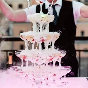 Šampano taurių piramidės ir sauso ledo efektų šou / Darius Klimavičius / Darbų pavyzdys ID 572319