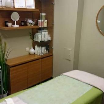 Kviečiu visus norinčius atsipalaiduoti ir pasimėgauti veido procedūromis/masažais/bei atlieku įvairius makiažus :) Galite drąsiai kreiptis :)