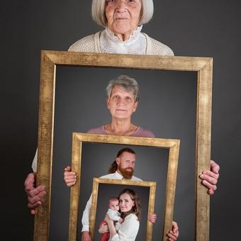 Šeimos fotosesija  Daugiau nuotraukų - https://www.facebook.com/Ieva.Fotografija
