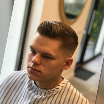 Vyriški kirpimai,barzdų modeliavimas,skutimas. / Loreta / Darbų pavyzdys ID 583001