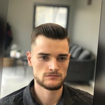 Vyriški kirpimai,barzdų modeliavimas,skutimas. / Loreta / Darbų pavyzdys ID 583013