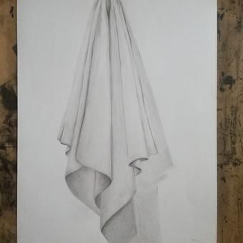 Drapiruotės studija. Popierius, pieštukas. 2019m.