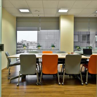 Periodiškai valome ofisus, biurus, administracines patalpas