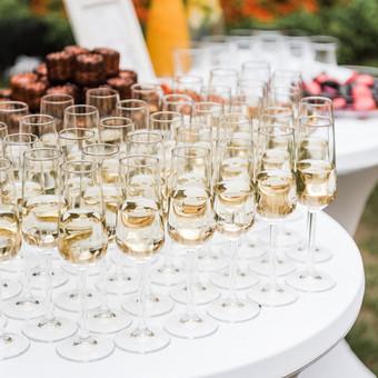 Šventė Stilingai - vaišių/šampano staliukas + aptarnavimas / Gabrielė Venckūnaitė / Darbų pavyzdys ID 591751
