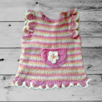 Rankom megzta  Baby Wool siūlų suknytė tunika 9-12 mėn. mergaitei. Parduodama Etsy.