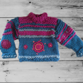 Vienetiniai megzti ir siūti autoriniai rūbai, gaminiai ir t. / Elana S. K. / Darbų pavyzdys ID 592039