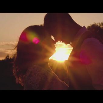 Vaizdas kitaip - vestuvių filmavimo/fotografavimo paslauga.