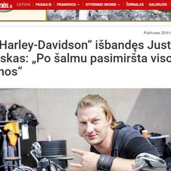 Žinomi žmonės, nuomonių lyderiai. Jie turi ką pasakyti, yra žaismingi. Harley Davidson kasmetinis renginys - motociklų išbandymas žurnalistams.