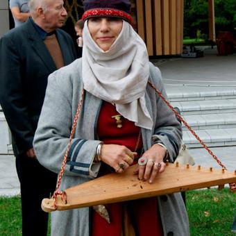 Renginių ir lietuviškų apeigų vedėja, atlikėja Skalsa Daiva / UAB Kruenta / Darbų pavyzdys ID 604465