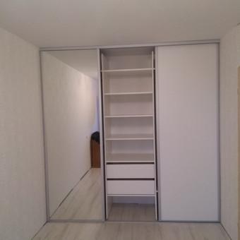stumdomos durys, pertvaros, spintos. / Ramunas Navickas / Darbų pavyzdys ID 613791