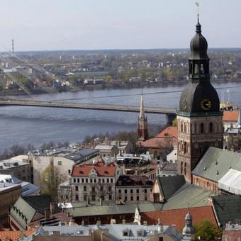 Vilnius-Ryga individualiai, nuo durų iki durų - iki 4 asmenų.