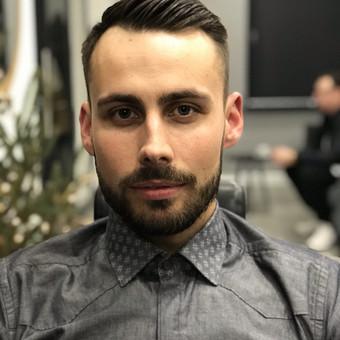 Vyriški kirpimai,barzdų modeliavimas,skutimas. / Loreta / Darbų pavyzdys ID 620661