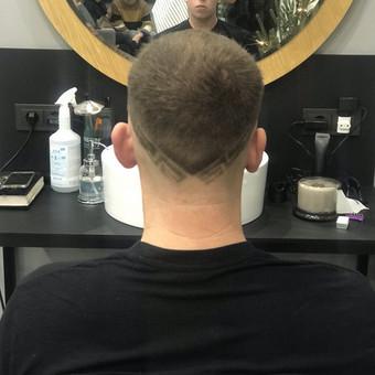 Vyriški kirpimai,barzdų modeliavimas,skutimas. / Loreta / Darbų pavyzdys ID 620663