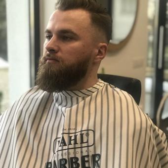 Vyriški kirpimai,barzdų modeliavimas,skutimas. / Loreta / Darbų pavyzdys ID 620669