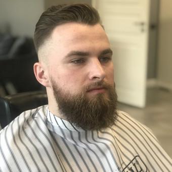 Vyriški kirpimai,barzdų modeliavimas,skutimas. / Loreta / Darbų pavyzdys ID 620671