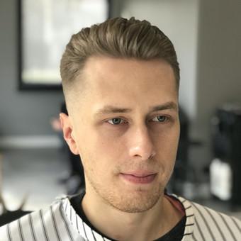 Vyriški kirpimai,barzdų modeliavimas,skutimas. / Loreta / Darbų pavyzdys ID 620677