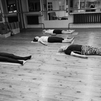 Mai Ram Yoga pamokos su Loreta / Loreta Raškevičiūtė / Darbų pavyzdys ID 624229