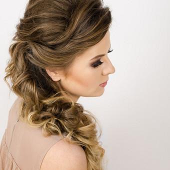 Šukuosenų dizainerės paslaugos proginių šukuosenų formavimas / Simona Gaudzevičiūtė / Darbų pavyzdys ID 628155