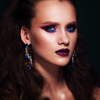 Stilinga verslo portreto ir mados fotografija / Karolina Vaitonytė / Darbų pavyzdys ID 635589