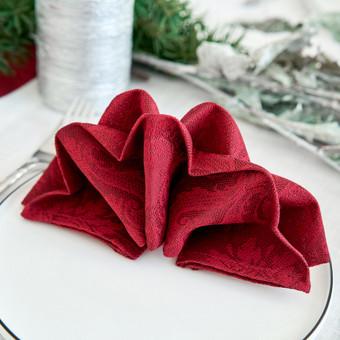 Servetelės galime suderinti pagal šventės dizainą