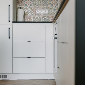 Virtuvės ir kitų nestandartinių baldų gamyba / HINDY / Darbų pavyzdys ID 641497