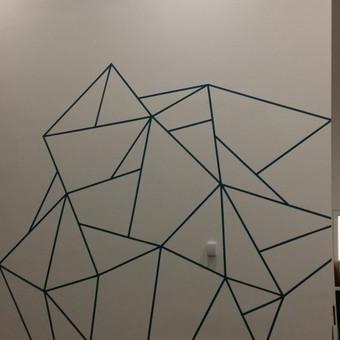 Ledkalnis. Detalė. Sienos dekoras. Sienų tapybos kaina.