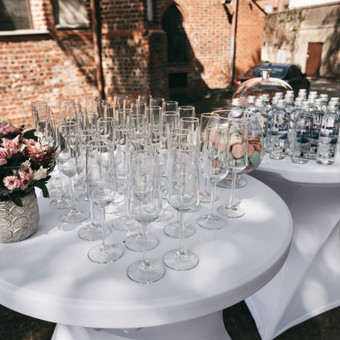 Šventė Stilingai - vaišių/šampano staliukas + aptarnavimas / Gabrielė Venckūnaitė / Darbų pavyzdys ID 649151