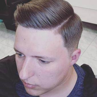 Vyrų kirpėjas - barzdaskutys / Arnoldas Stančikas / Darbų pavyzdys ID 653827