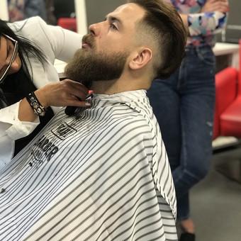 Vyriški kirpimai,barzdų modeliavimas,skutimas. / Loreta / Darbų pavyzdys ID 658139