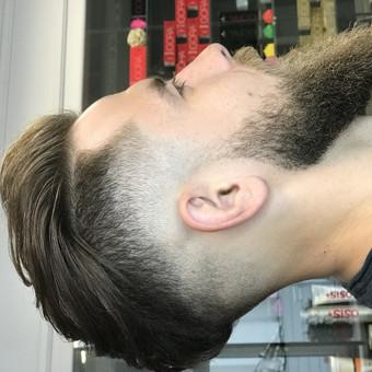 Vyriški kirpimai,barzdų modeliavimas,skutimas. / Loreta / Darbų pavyzdys ID 658157