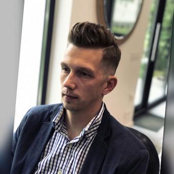 Vyriški kirpimai,barzdų modeliavimas,skutimas. / Loreta / Darbų pavyzdys ID 658163