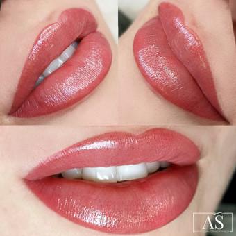 Permanentmakeup.lt – profesionalus lūpų permanentas. pabrėžiamas lūpų kontūras, paryškinama natūrali spalva arba parenkamas pigmentas pagal individualius norus, vizualus lūpų putlinimas.