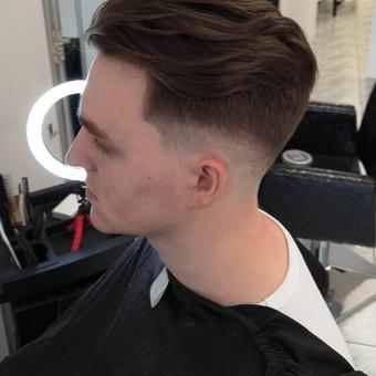 Vyrų kirpėjas - barzdaskutys / Arnoldas Stančikas / Darbų pavyzdys ID 667375
