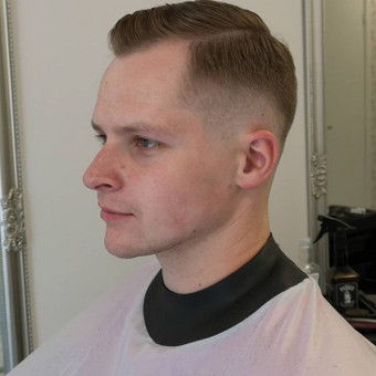 Vyrų kirpėjas - barzdaskutys / Arnoldas Stančikas / Darbų pavyzdys ID 667379