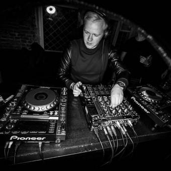 Kernius (Curly Music, ZIP FM) / DJ paslaugos / Kernius Paravinskas / Darbų pavyzdys ID 683017
