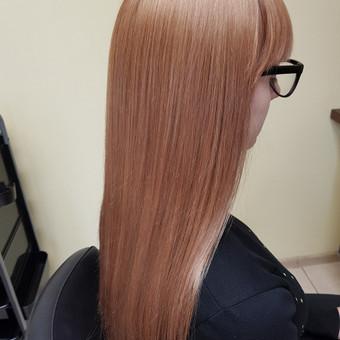 Modeliniai kirpimai, plaukų dažymas, ilgal.plaukų tiesinimas / Grožio Salonas/Kirpykla / Darbų pavyzdys ID 689269