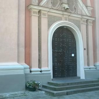 bažnyčios fasado restauracija.