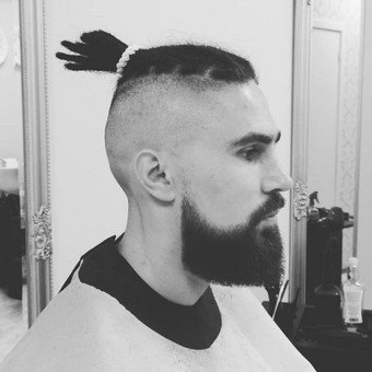 Vyrų kirpėjas - barzdaskutys / Arnoldas Stančikas / Darbų pavyzdys ID 693927